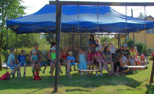 Otevírání dětského hřiště ve Svojšicích 2013